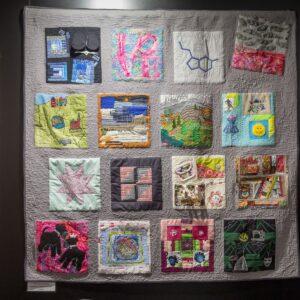Cała ja, patchworkowa praca pokazująca co jest ważne dla osób które ją szyły
