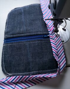 doszywanie lamówki w portfelu. jak uszyć portfel